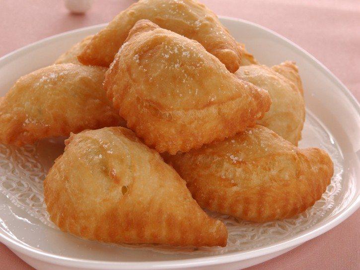 panzerotti-fritti-con-ripieno-di-patate-725x545
